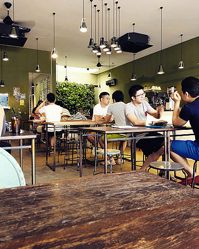 Customers enjoying their coffees and meals at The Awesome Canteen. | Photo taken by blog author.