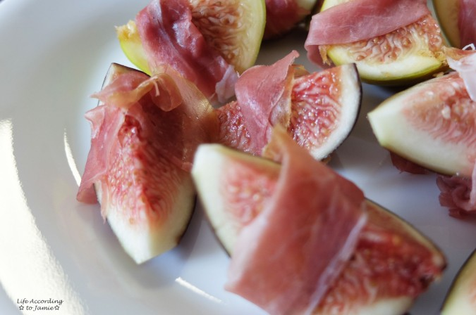 Prosciutto Wrapped Figs 1